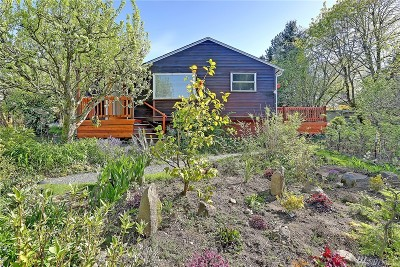 Seattle Single Family Home For Sale: 6715 S 122nd St