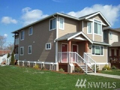 Sumas WA Multi Family Home Contingent: $299,000
