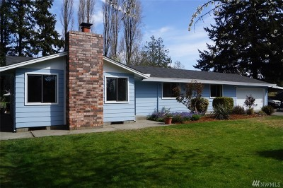 Burien Single Family Home For Sale: 1018 SW 124th St