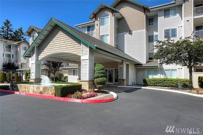 Newcastle Condo/Townhouse For Sale: 13301 SE 79th Place #A208