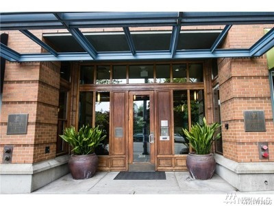 Seattle Condo/Townhouse For Sale: 2414 1st Ave #601