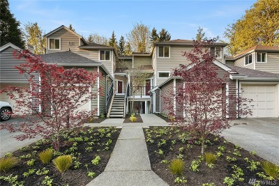 Issaquah Condo/Townhouse For Sale: 5000 NW Village Park Dr #E226