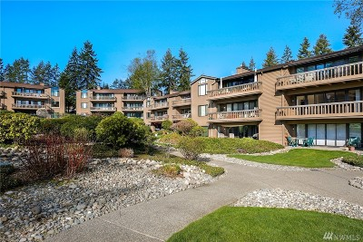 Redmond Condo/Townhouse For Sale: 17476 NE 40th Place #G2