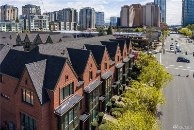 Bellevue Condo/Townhouse For Sale: 1200 Bellevue Wy NE #106