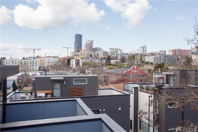 Seattle Single Family Home For Sale: 119 15th Ave #B