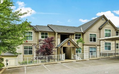 Issaquah Condo/Townhouse For Sale: 23420 SE Black Nugget Rd #B303