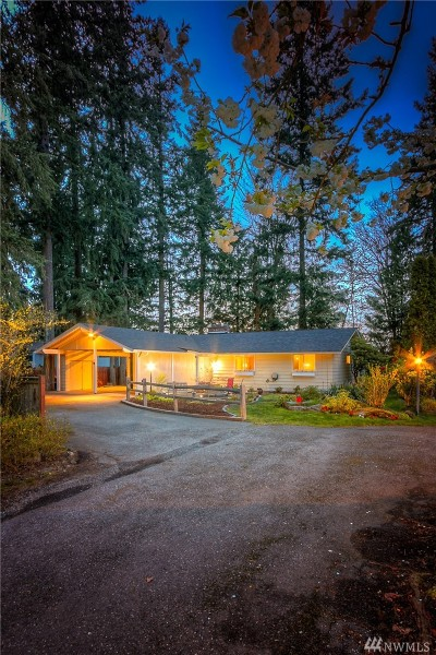 Issaquah Single Family Home For Sale: 368 SE Darst St