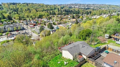 Seattle Single Family Home For Sale: 2113 SW Brandon St