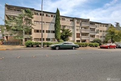 Tukwila Condo/Townhouse For Sale: 15142 65th Ave S #309