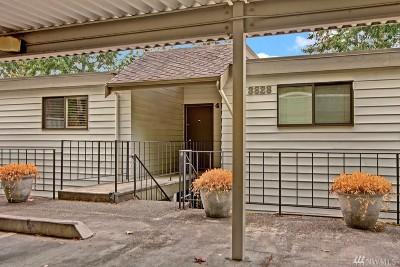 Bellevue Condo/Townhouse For Sale: 3828 Lake Washington Blvd SE #4D