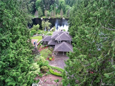 Snohomish Single Family Home For Sale: 21732 E Lost Lake Rd