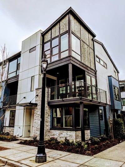 Bothell Condo/Townhouse For Sale: 9631 NE 183rd St #41A