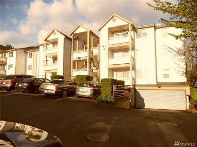 Renton Condo/Townhouse For Sale: 10824 SE 170th St #B108