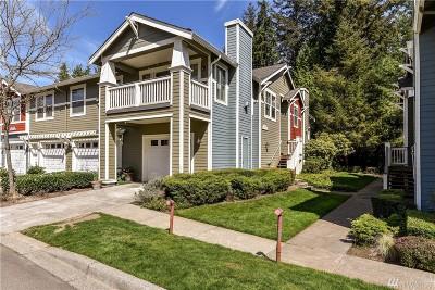 Redmond Condo/Townhouse For Sale: 10620 221st Lane NE #101