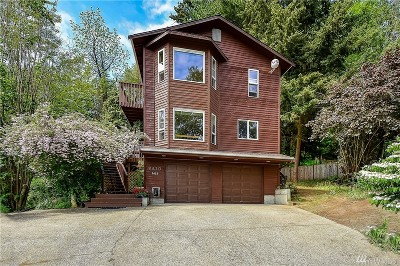 Kirkland Single Family Home For Sale: 9420 NE 129th Place