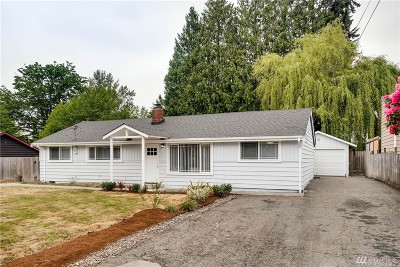 Bothell Single Family Home For Sale: 415 216th St SW