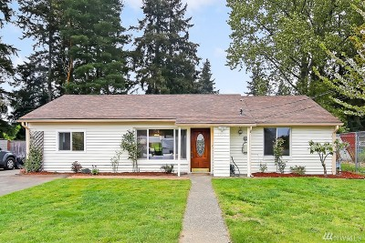 Mountlake Terrace Single Family Home For Sale: 5903 238th St SW