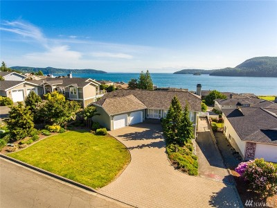 Anacortes Single Family Home For Sale: 4913 Kingsway
