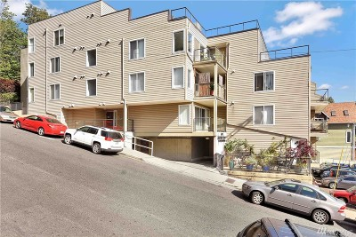 Condo/Townhouse Sold: 3022 SW Bradford St #2