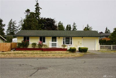 Oak Harbor Single Family Home For Sale: 646 NW Dory Dr