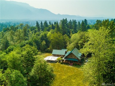 Snohomish County Single Family Home For Sale: 14424 Wallace Lake Rd Rd