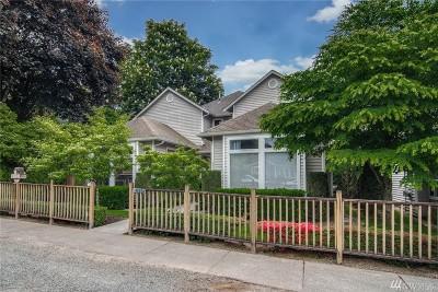 Issaquah Condo/Townhouse For Sale: 445 NE Alder St #2