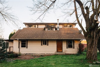 Enumclaw Single Family Home For Sale: 40110 212th SE