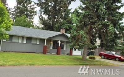 Olympia Multi Family Home For Sale: 310 SE Choker St