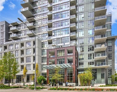 Condo/Townhouse For Sale: 588 Bell St #1804S