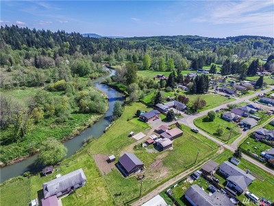 Bucoda Single Family Home For Sale: 302 N River St