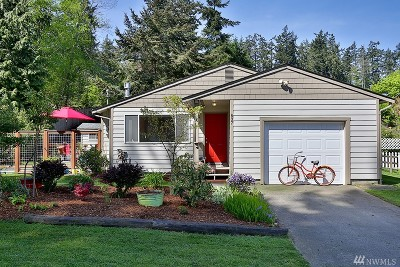 Langley Single Family Home Sold: 837 Decker Ave
