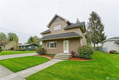 Sumas Single Family Home For Sale: 237 Garfield St