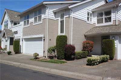 Bothell Condo/Townhouse For Sale: 420 228th St SW #B203