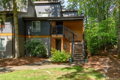 Bothell Condo/Townhouse For Sale: 10842 NE 148th Lane #A-3