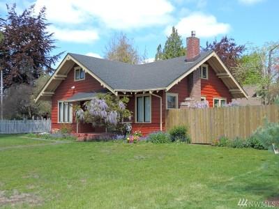 Centralia Single Family Home For Sale: 720 J St