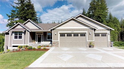 Stanwood Single Family Home For Sale: 26215 29th Ave NW