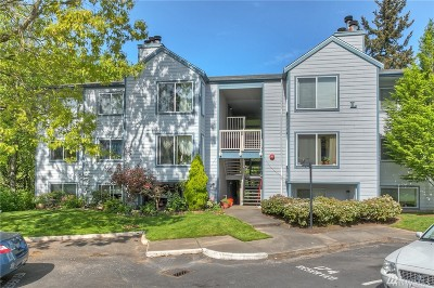 Renton Condo/Townhouse For Sale: 975 Aberdeen Ave NE #L103