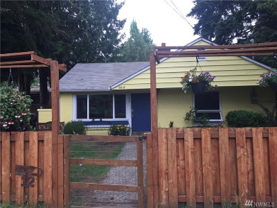 Seattle Single Family Home For Sale: 3616 NE 110th St