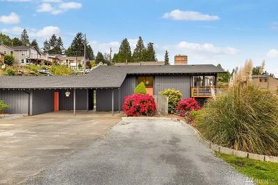 Everett Single Family Home For Sale: 4626 Dover St
