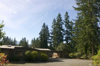 Issaquah Single Family Home For Sale: 25703 SE Issaquah Fall City Rd
