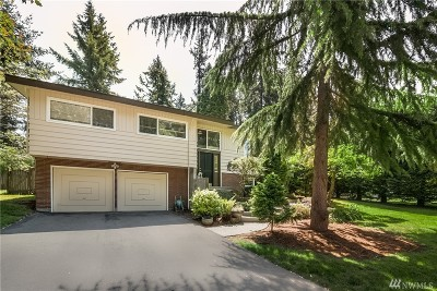 Kenmore Single Family Home For Sale: 6223 NE 154th