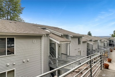 Bothell Condo/Townhouse For Sale: 17300 91st Ave NE #B101
