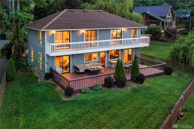 Seattle Single Family Home For Sale: 4145 NE 142nd St