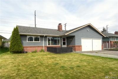 Everett Single Family Home For Sale: 1328 McDougall Ave