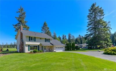 Oak Harbor Single Family Home For Sale: 2170 Fairway Lane