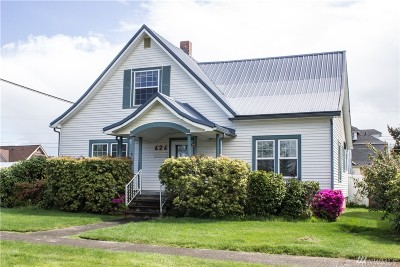 Single Family Home Sold: 626 E St