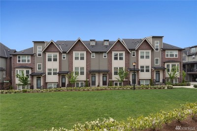 Issaquah Condo/Townhouse For Sale: 1369 Greenwich Walk NE
