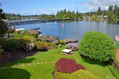 Lakewood Single Family Home For Sale: 10317 Interlaaken Dr SW