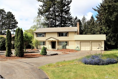 Lakewood Single Family Home For Sale: 6733 80th St SW
