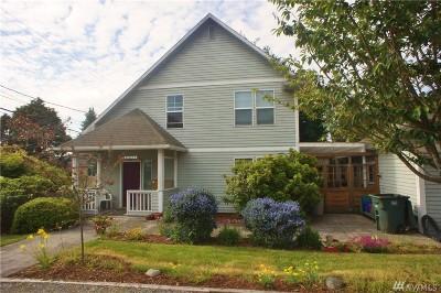Everett Multi Family Home For Sale: 3401 Rockefeller Ave